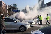 """""""얼마나 더 죽어야 되나""""…택시단체 민주당 앞서 집회"""