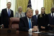"""트럼프 """"北 핵실험 없는 한 서두르지 않아…시간표 없어"""""""