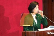 '김정은 수석대변인' 발언 여론조사…부적절 50% vs 적절 39%