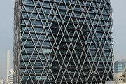 철도 위에 세워진 일본 최초 고층빌딩… 높이만 100m