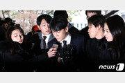 '성접대·횡령' 승리 신병처리 임박…금주 후반 영장 검토