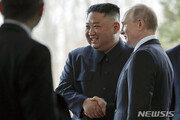 김정은-푸틴 5시간 만남…우호 관계, 비핵화 공조 과시