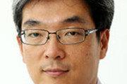 급한 불 끄러 일본부터 찾은 자리프 이란 외교장관[광화문에서/박형준]