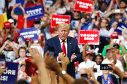 """트럼프 2020 재선 출정식… """"미국을 계속 위대하게"""""""