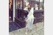 박민영, 美 LA 거리에서 화보 촬영…오밀조밀 인형 미모