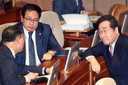 '대일특사' 꺼낸 이낙연 총리… 외교적 해법 부상
