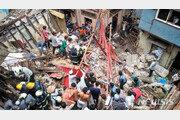인도 뭄바이서 4층 건물 무너져 최소 50명 매몰