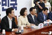7월 국회설 '솔솔'…한국·바른미래, 정경두 해임안 다시 꺼낼까