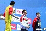 금메달 목에 걸었지만…'국제 왕따'가 된 중국 수영 스타 쑨양
