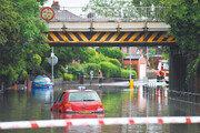 유럽, 폭염 이어 홍수