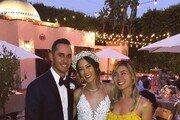 미셸 위, NBA 골든스테이트 구단 직원과 결혼…커리 등 참석