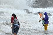 동해안지역 시속 72km 거센 바람 주의보
