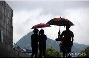 [날씨] 17일 곳곳서 '천둥·번개' 소나기…강원권은 폭염