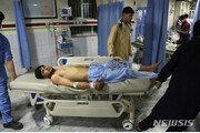 """아프간 수도 카불 결혼식장 자폭 테러…""""63명 사망·182명 부상"""""""