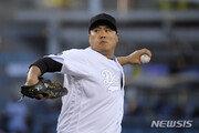 류현진, 양키스 강타선에 홈런 3방 7실점…시즌 4패