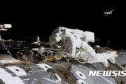 미 女우주비행사, 우주 최초 지구인 범죄?… ISS에서 은행 해킹 혐의