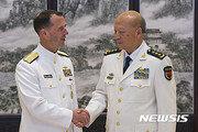 """중국, 美군함 홍콩에 이어 칭다오 입항도 거부…""""미중 대립 반영"""""""