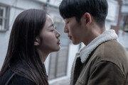 '유열의 음악앨범' 첫날 관객 17만 멜로 영화 최고 오프닝 성적