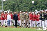 文대통령, 미얀마 양곤 도착…곧 아웅산 테러 추모비 참배