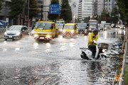 최고 강력한 태풍 '파사이' 日 도쿄 강타…1명 사망
