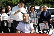 한국당 릴레이 삭발 투쟁 계속…중진 이주영·심재철도 동참