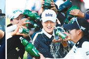 7타 차 뒤집은 PGA 신인왕… 위기관리 교과서 'LPGA 퀸'