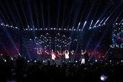 """[단독] BTS 잠실공연 생중계…""""전 세계 함께 즐겨라"""""""