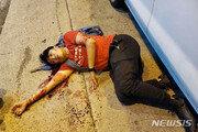 """""""쇠망치 공격 당한 홍콩 시위 리더, 생명 위험 없어"""""""