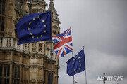 """英·EU 브렉시트 새 합의안 타결…""""英의회 통과 장담 못해"""""""