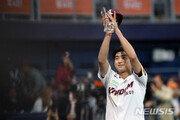 이정후 vs 페르난데스…이번엔 'KS 우승' 전쟁이다