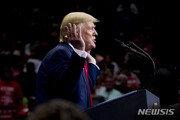 "NYT ""트럼프, 시리아 동부에 미군 200명 주둔 방안 검토"""