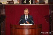 文, 시정연설서 '공정성' 강조할 듯…조국 사퇴 후 민심 수습