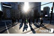 9월 직장인 평균 월급 340만원 4% 인상…근로 7시간 줄어