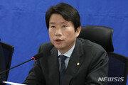 """총선앞 모병제 논란… """"인구줄어 논의 필요"""" vs """"票 장사"""""""