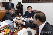 초슈퍼 예산 '원안유지' vs '삭감'…與野 상임위서 충돌