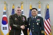 한미 합참의장, 군사위회의…'지역 안보 위해 다국적 협력 강화' 한뜻