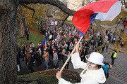 체코-그리스-이란도 반정부 시위 활활