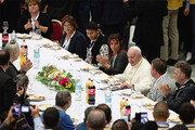 """교황 """"소수의 탐욕에 가난한 자들 고통 커져"""""""