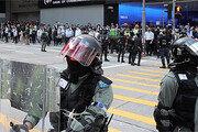 """홍콩 새 경찰총수 """"석방은 없다""""… 200명 폭동죄 기소 초강수"""
