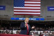 트럼프, 위스콘신 가상대결서 민주당 주자 모두 이겨