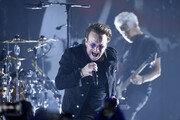 김정숙 여사, 43년 만 첫 내한 록밴드 U2 공연 관람