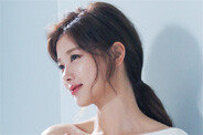 '활동 재개' 김유정, 감탄만 나오는 청순 미모
