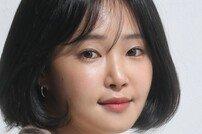 """[루키인터뷰:얘 어때?③] 이봄 """"첫 작품 '선생 김봉두', 15년 전 기억 생생"""""""