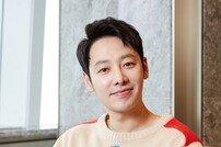 """[DA:인터뷰③] '신과함께' 김동욱 """"도경수, 아이돌 생각 안 들 정도로 잘하더라"""""""