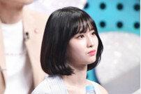 [DA:클립] '트둥이 is 뭔들' 미나-모모-채영, 3인 3색 상어가족 개인기