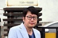 배우 김윤석의 감독데뷔 행보 '순항'