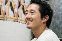 '버닝' 이창동 감독을 사로 잡은 스티븐 연…다채로운 매력 방출
