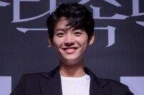 [포토] 김태민 '프로듀스 101 출신다운 포즈 부자'