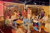 [DA:차트] 세븐틴 미니 5집 日 HMV-타워레코드 음반 데일리 1위
