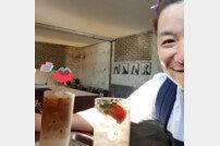 [DA:피플] 윤정수, 비연예인 도촬→수정 및 사과→결국 게시물 삭제